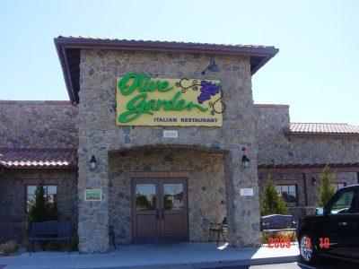 Olive Garden building